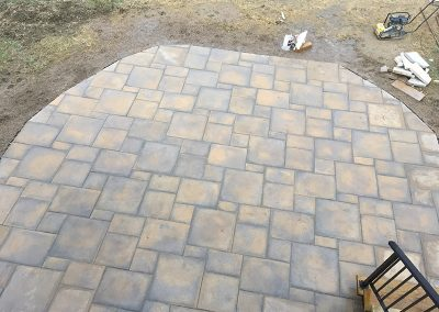 beautiful fitted tile patio